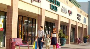 CAT_Malls-&-Shopping-Centers_San-Antonio_The-Forum-at-Olympia-Parkway_400x220
